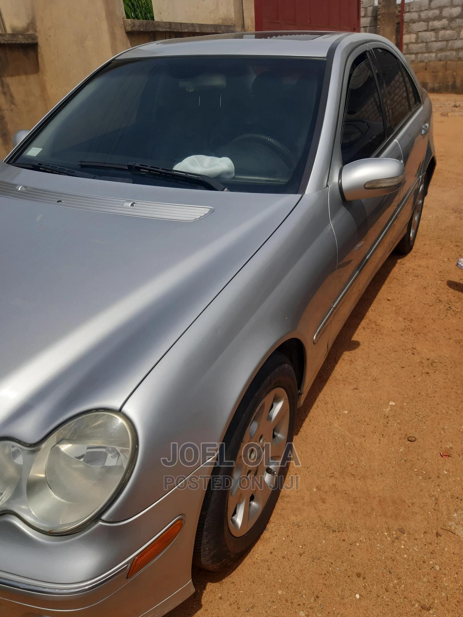 Mercedes-Benz C240 2004 Silver | Cars for sale in Kubwa, Abuja (FCT) State, Nigeria