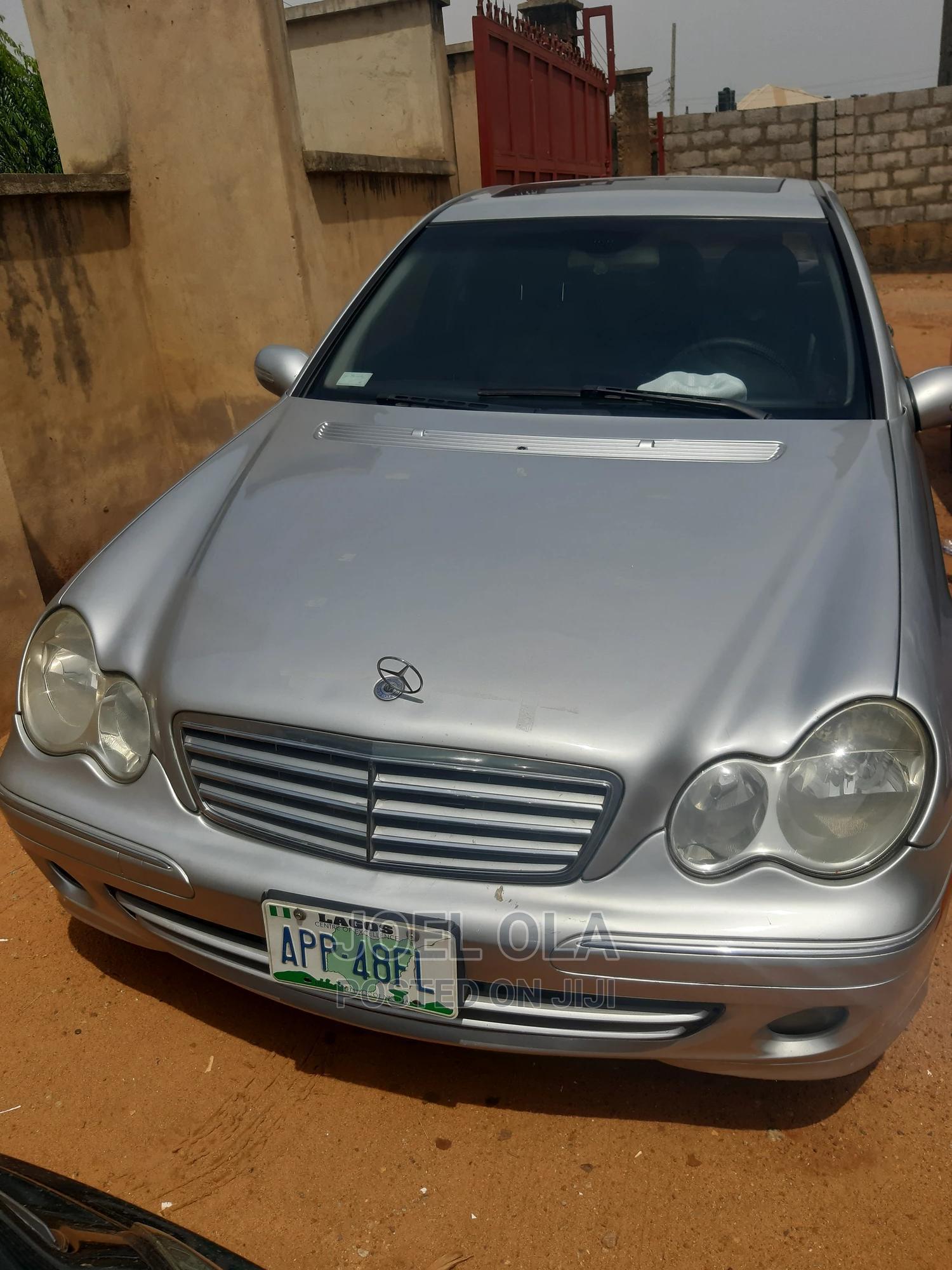 Mercedes-Benz C240 2004 Silver