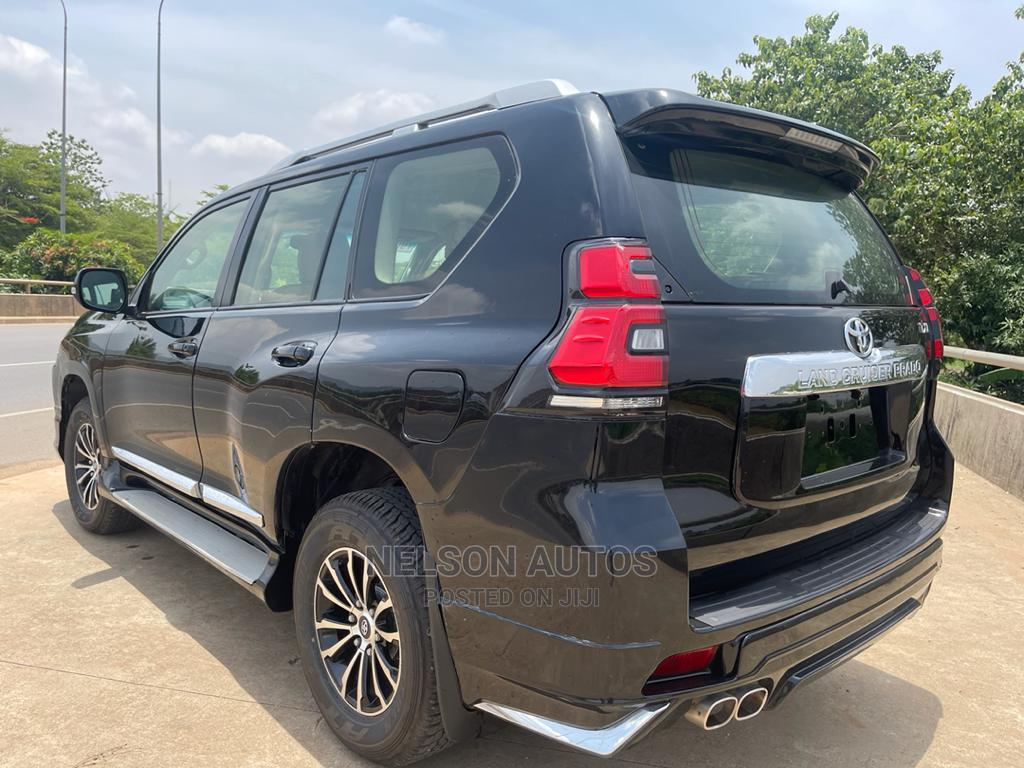 Toyota Land Cruiser Prado 2012 VX Black | Cars for sale in Jahi, Abuja (FCT) State, Nigeria