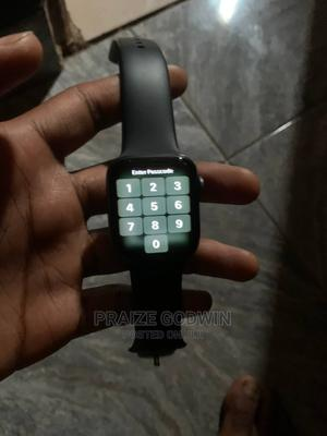 Apple Serie 4   Smart Watches & Trackers for sale in Edo State, Auchi