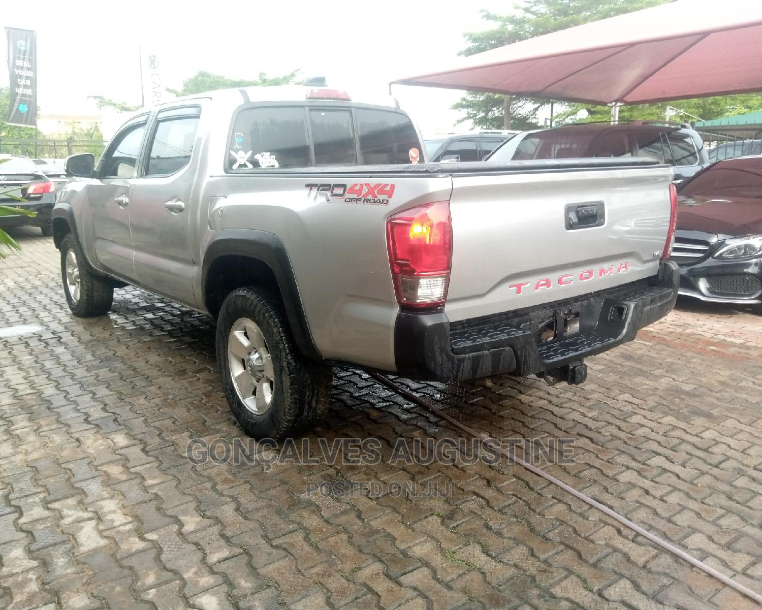 Toyota Tacoma 2016 4dr Double Cab Silver   Cars for sale in Magodo, Lagos State, Nigeria