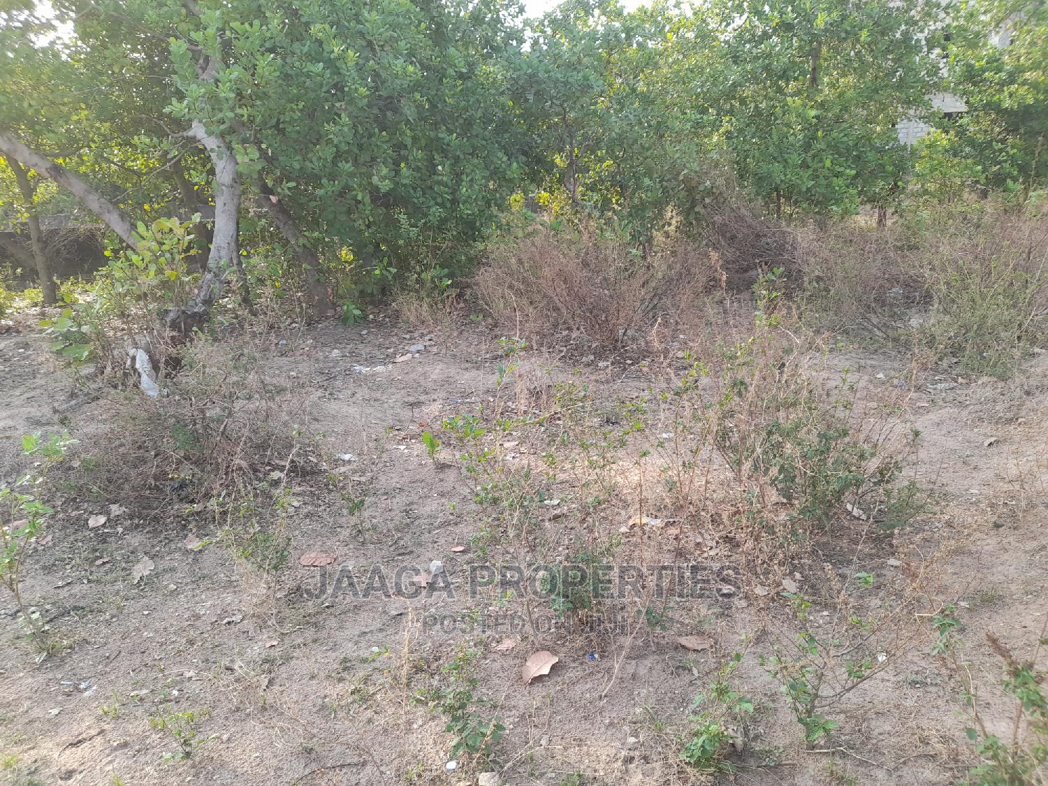 Distress Flat Residential Plot for Sale in Lifecamp
