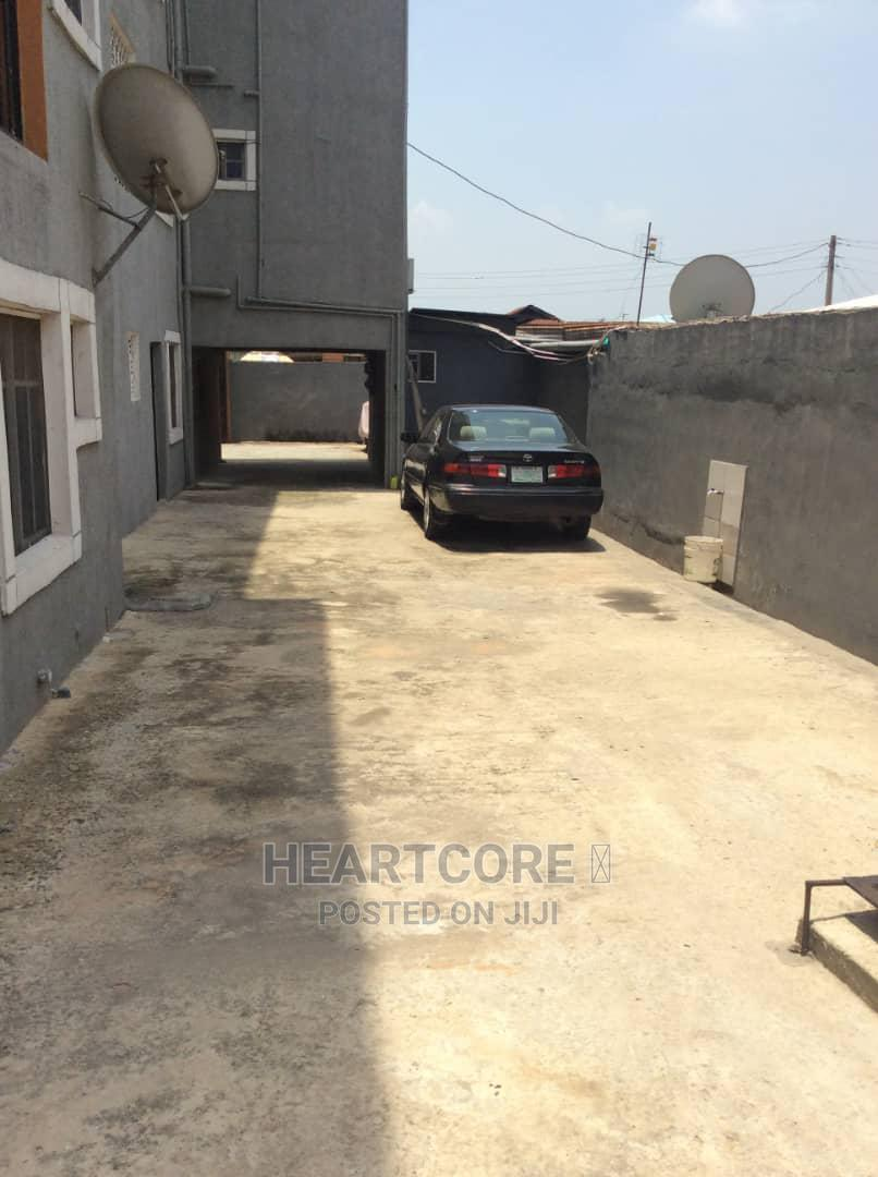 2 Bedroom With 3 Toilet for Rent at Surulere | Houses & Apartments For Rent for sale in Ijesha, Surulere, Nigeria