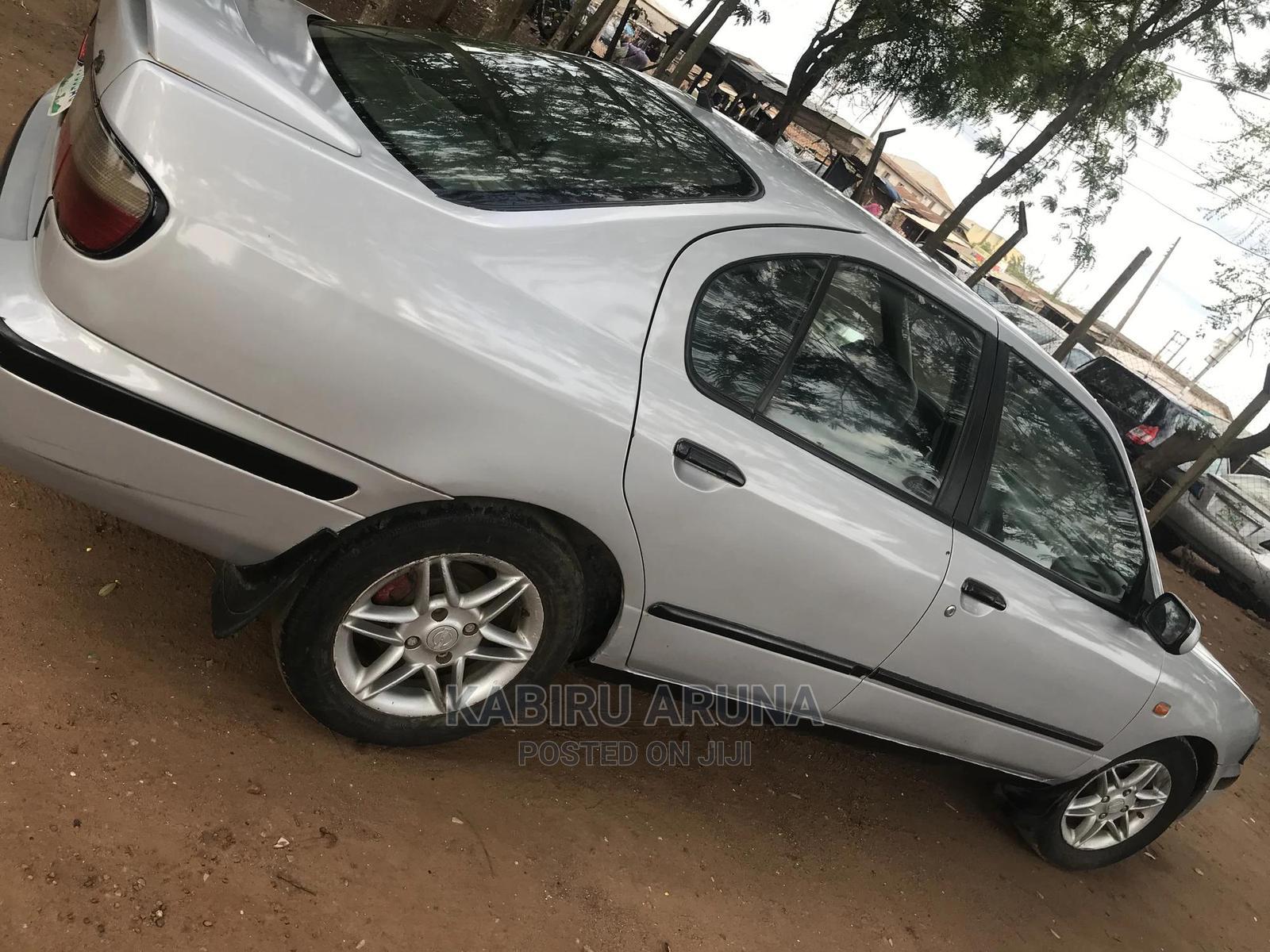 Nissan Primera 2001 Wagon Silver | Cars for sale in Sagamu, Ogun State, Nigeria