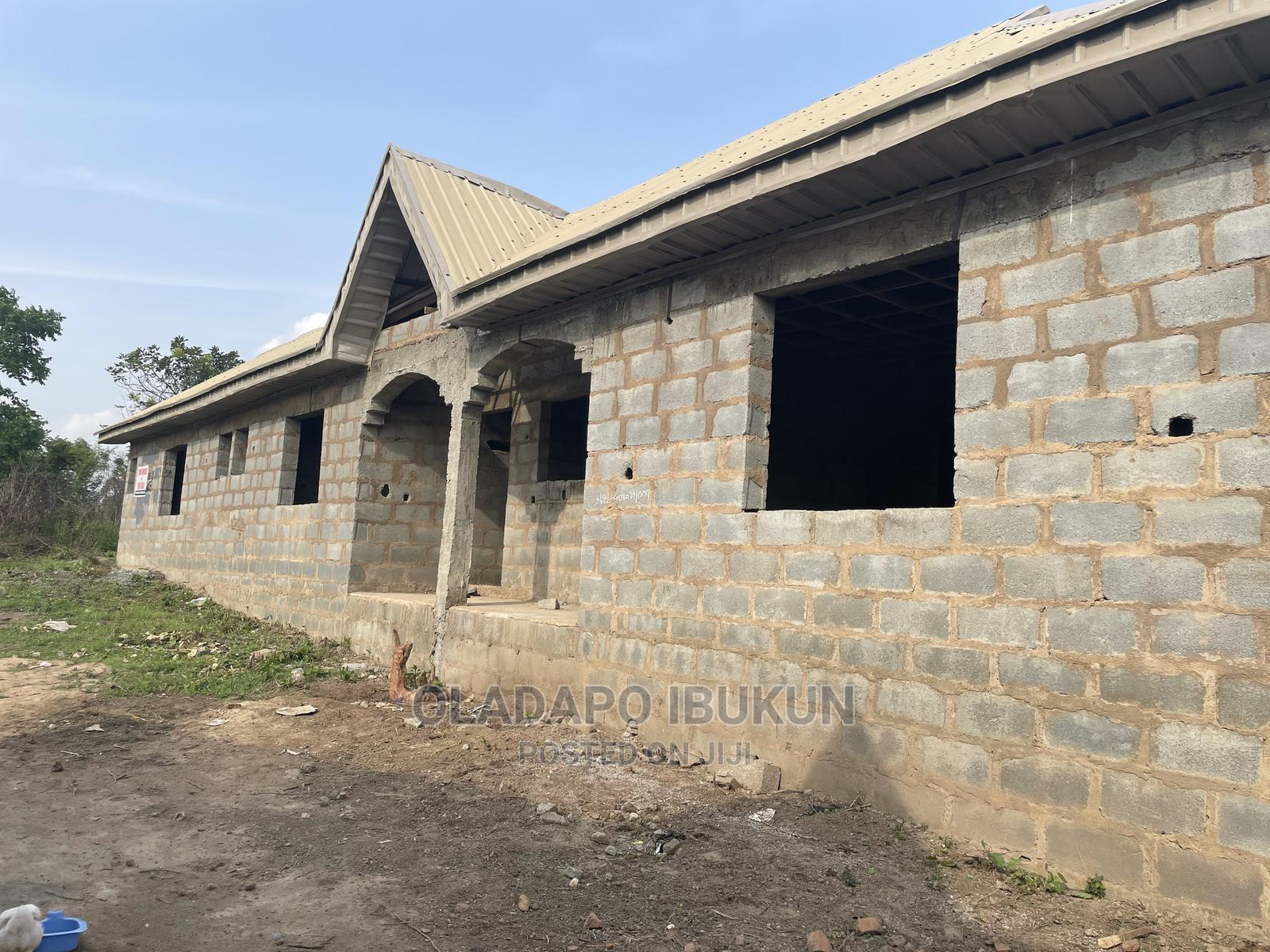 Twin Flats For Sale (3 Bedrooms And 2 Bedrooms)   Houses & Apartments For Sale for sale in Odeda, Ogun State, Nigeria