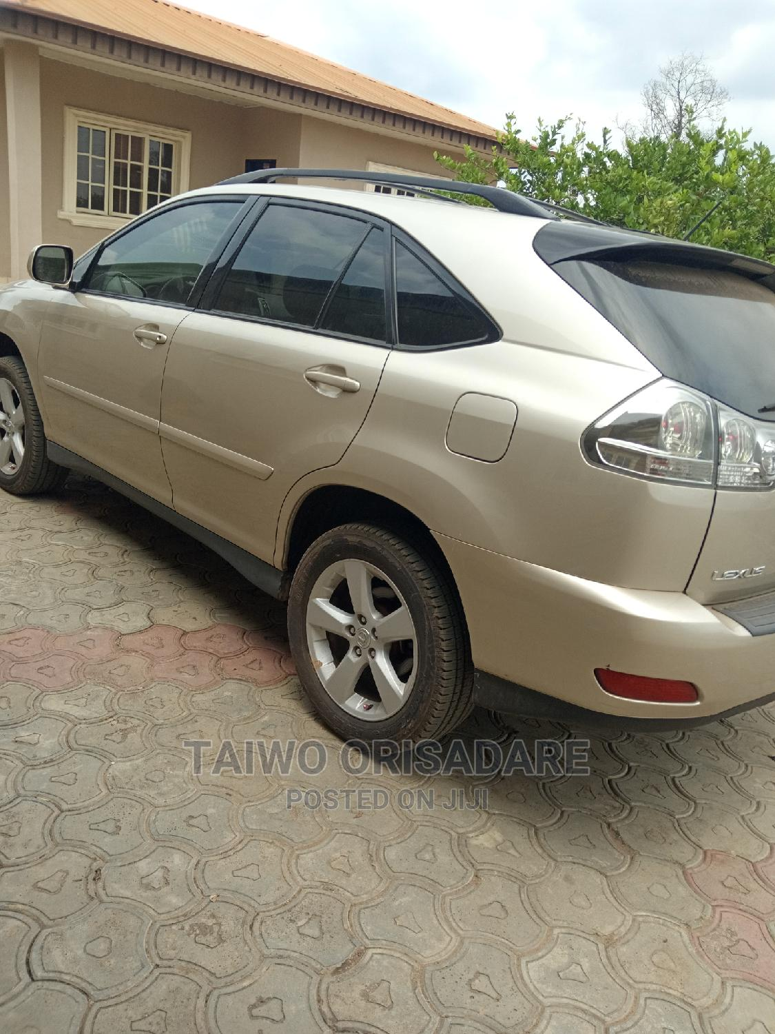 Lexus RX 2006 330 Gold | Cars for sale in Akure, Ondo State, Nigeria