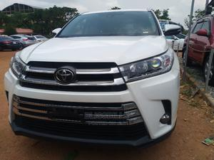 Toyota Highlander 2018 XLE 4x4 V6 (3.5L 6cyl 8A) White   Cars for sale in Abuja (FCT) State, Central Business Dis