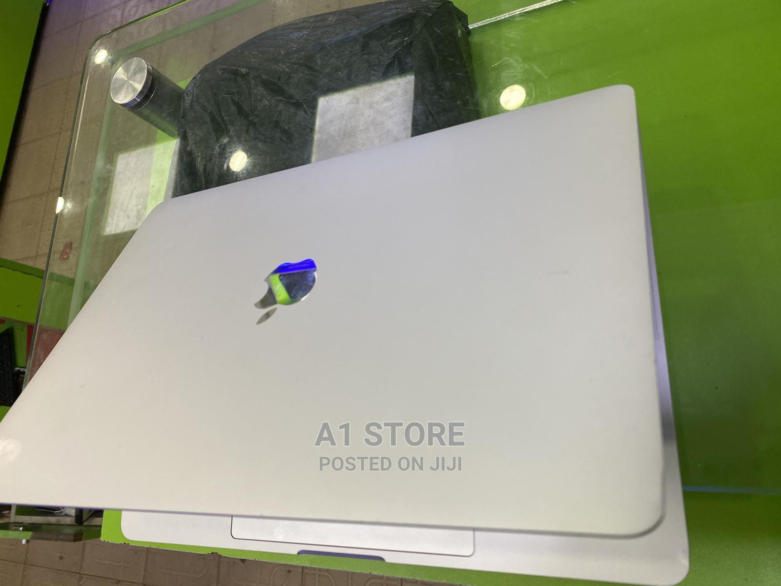 Laptop Apple MacBook 2017 8GB Intel Core I5 SSD 256GB   Laptops & Computers for sale in Kaduna / Kaduna State, Kaduna State, Nigeria