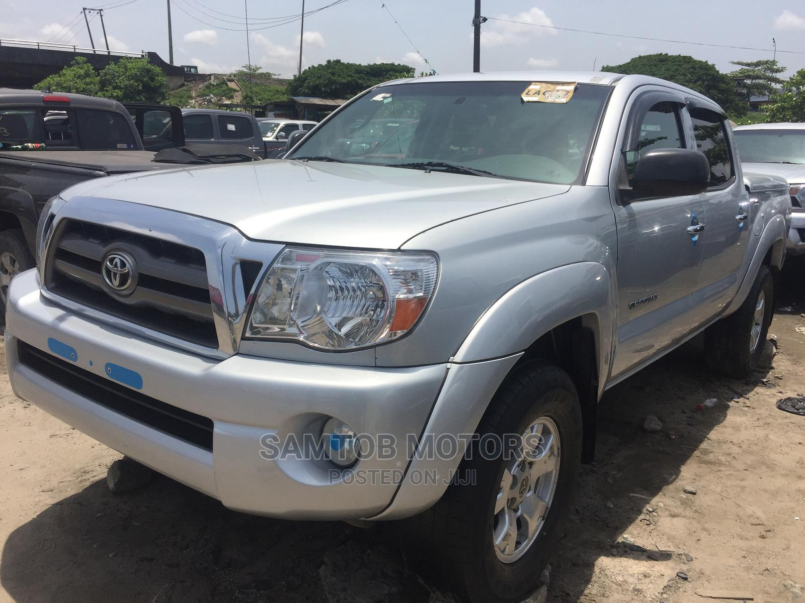 Archive: Toyota Tacoma 2005 Access Cab V6 4WD Silver