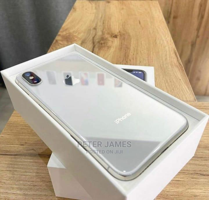 Clean iPhone X for Sales