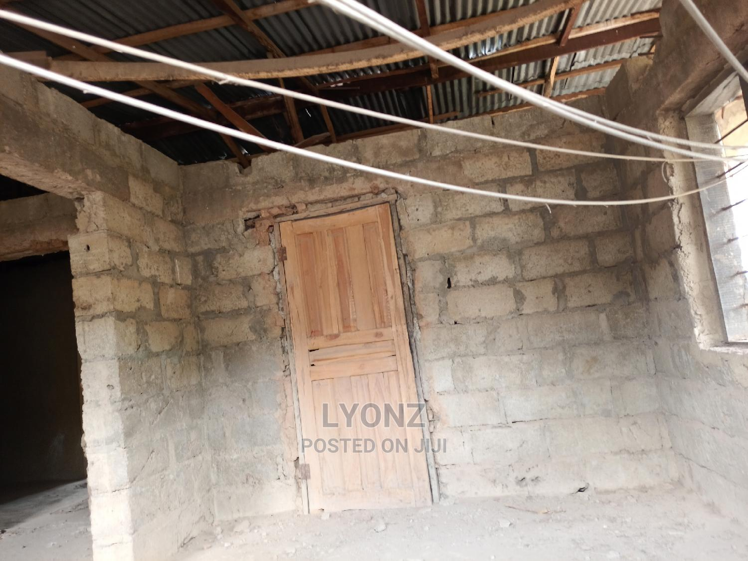 3 Bedroom Flat At Amuludun Fm Area Moniya For Sale | Houses & Apartments For Sale for sale in Ibadan, Oyo State, Nigeria