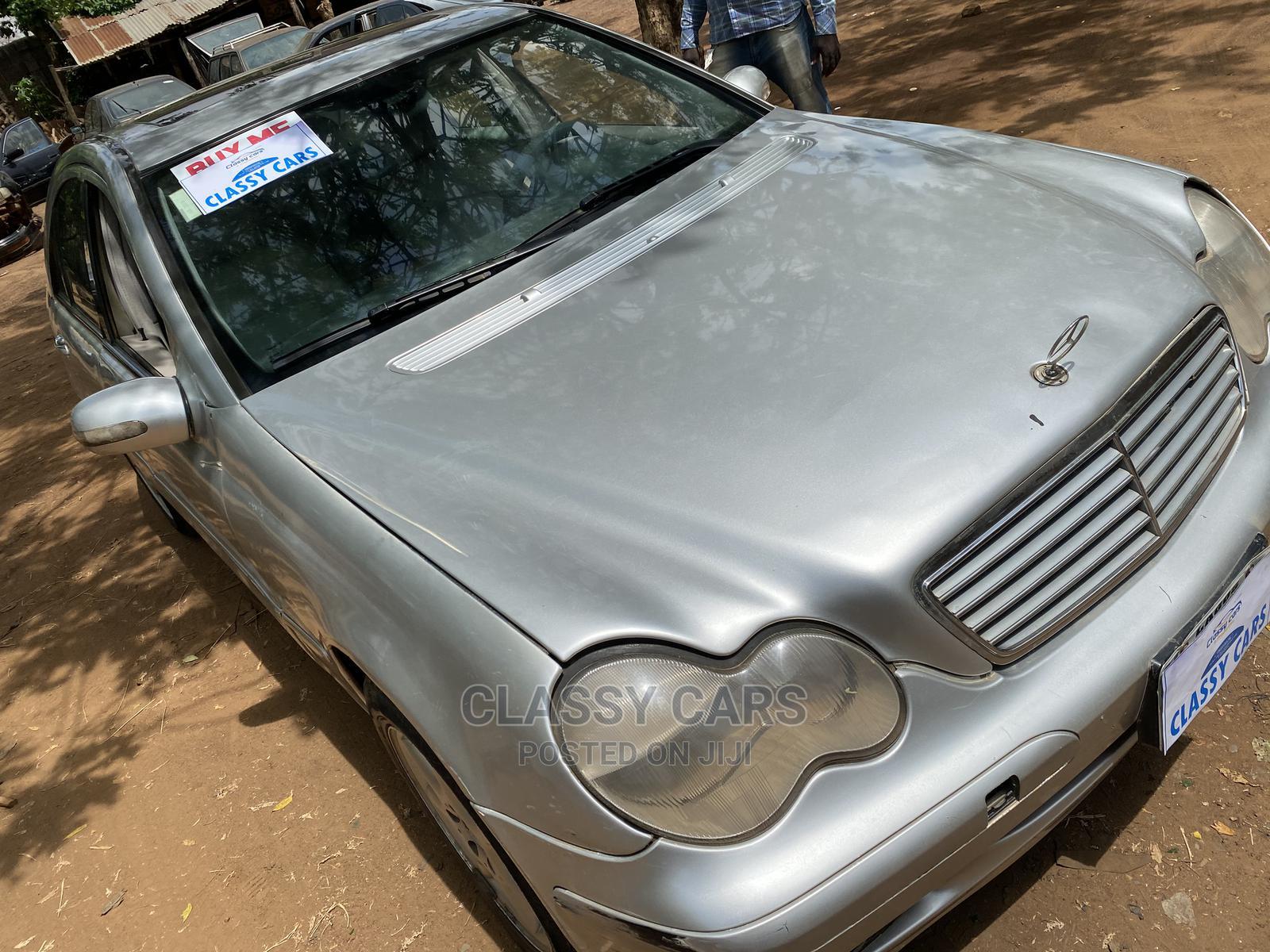 Mercedes-Benz C240 2003 Silver