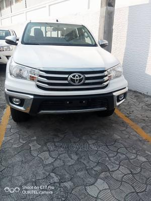 New Toyota Hilux 2020 White   Cars for sale in Lagos State, Victoria Island