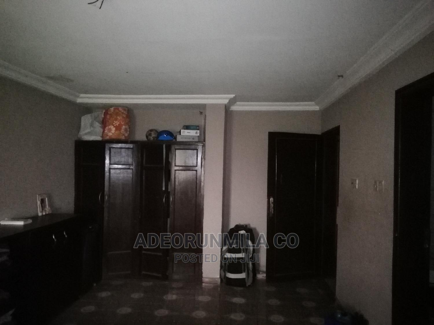 2 Ensuite Rooms in a Shared 3 Bedroom Apartment | Houses & Apartments For Rent for sale in GRA Phase 2 Shangisha, Magodo, Nigeria