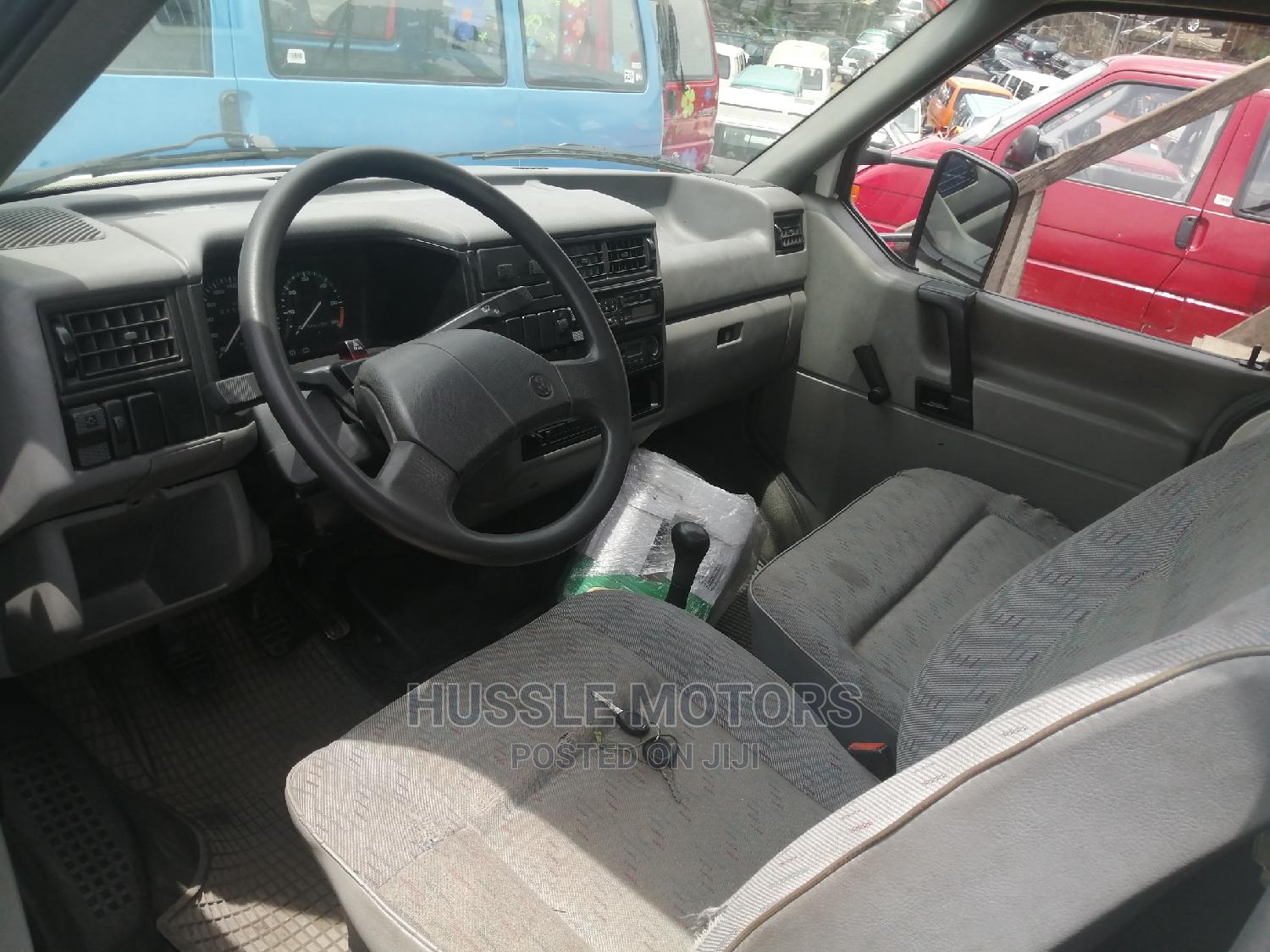 Volkswagen Transporter Pick Up 2005 | Buses & Microbuses for sale in Apapa, Lagos State, Nigeria