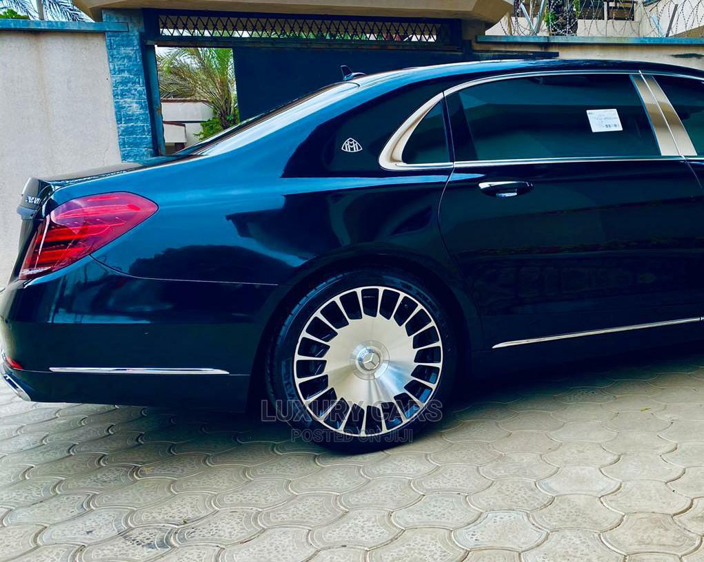 Archive: Mercedes-Benz S Class 2017 Maybach S 600 (X222) Blue