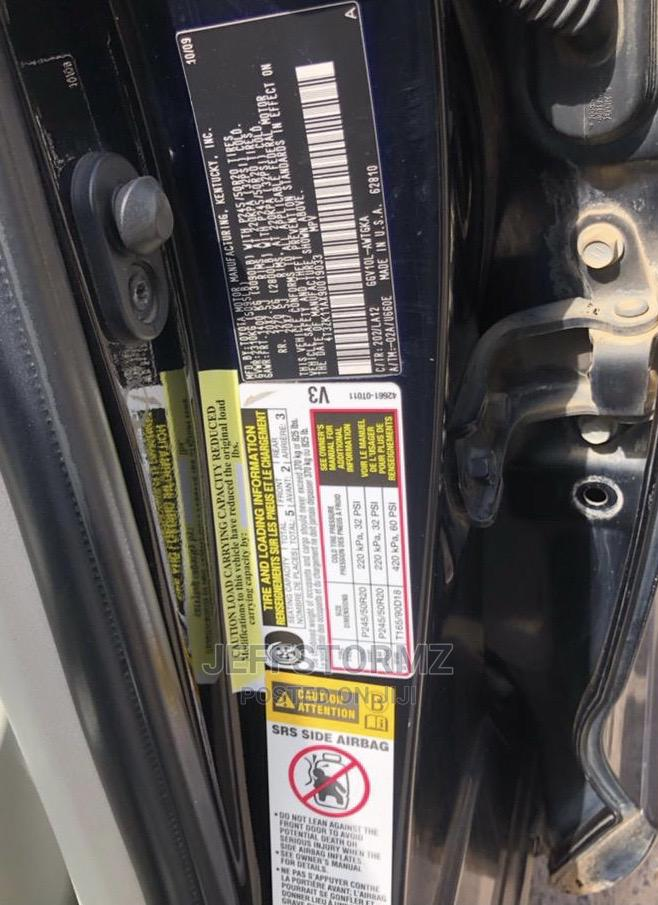 Archive: Toyota Venza 2010 V6 Black
