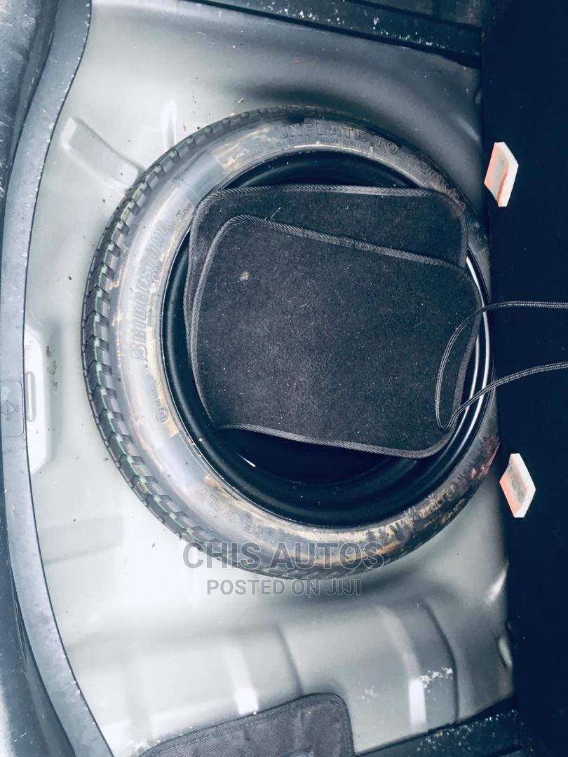 Archive: Honda Fit 2010 Automatic Black