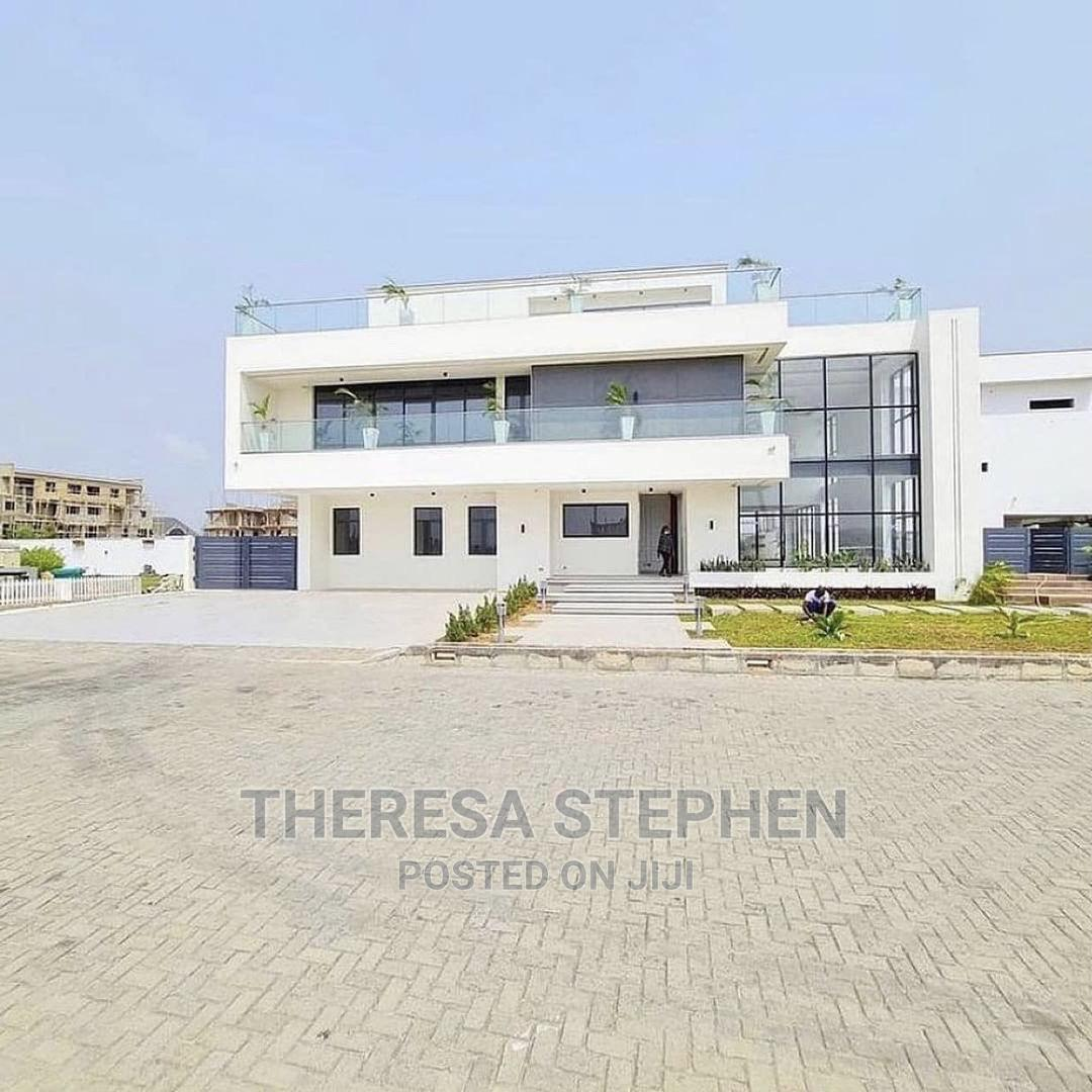 Presidential Fully Detached 6bedroom Luxurious Duplex