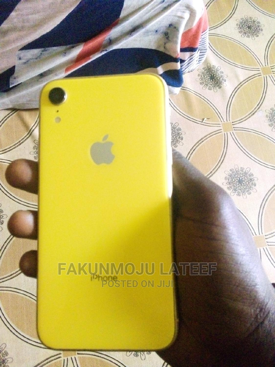 Apple iPhone XR 64 GB Yellow | Mobile Phones for sale in Badagry, Lagos State, Nigeria