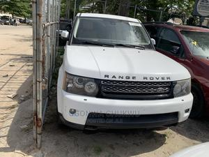 Land Rover Range Rover Sport 2013 HSE Lux White | Cars for sale in Lagos State, Amuwo-Odofin