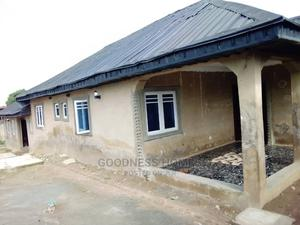 Furnished 3bdrm Bungalow in Emu Bus Stop, Bank, Oluyole for Sale   Houses & Apartments For Sale for sale in Oyo State, Oluyole