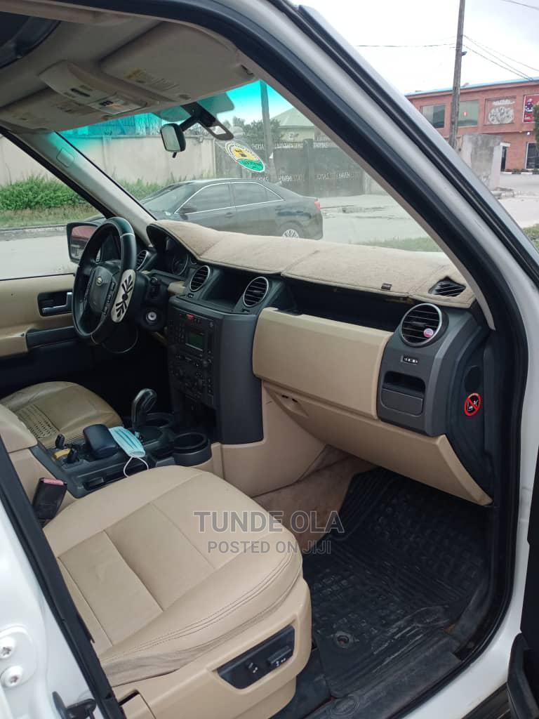 Archive: Land Rover LR3 2006 SE White