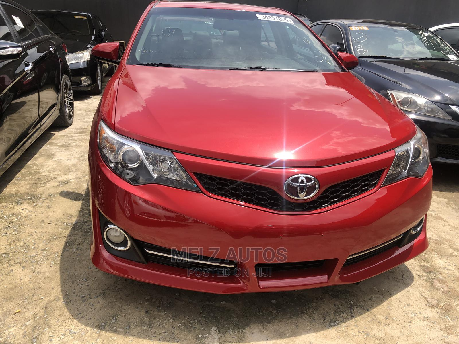 Toyota Camry 2012 Red