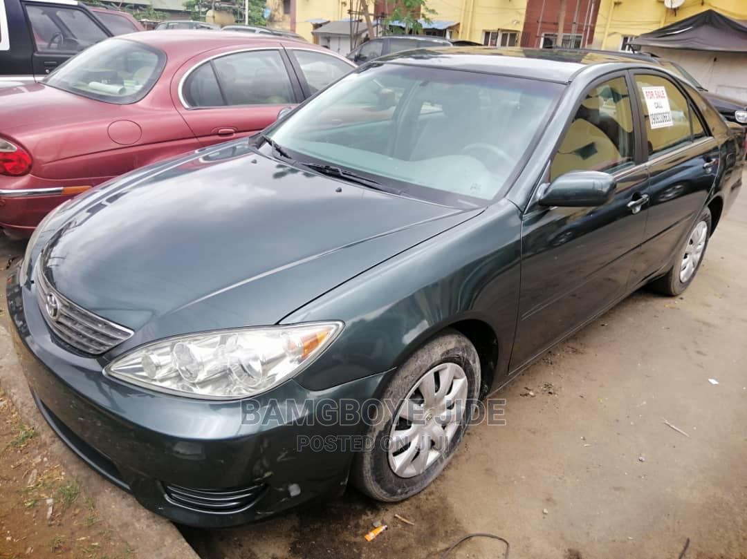 Archive: Toyota Camry 2006 Green