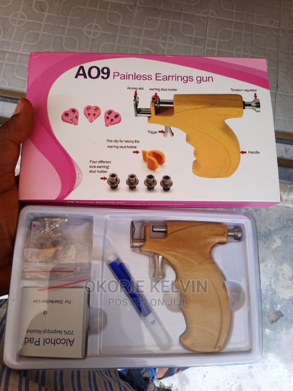 Painless Nose,Ear and Body Piercing Machine Gun