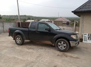 Nissan Frontier 2010 Crew Cab SE 4x4 Long Black | Cars for sale in Oyo State, Ibadan