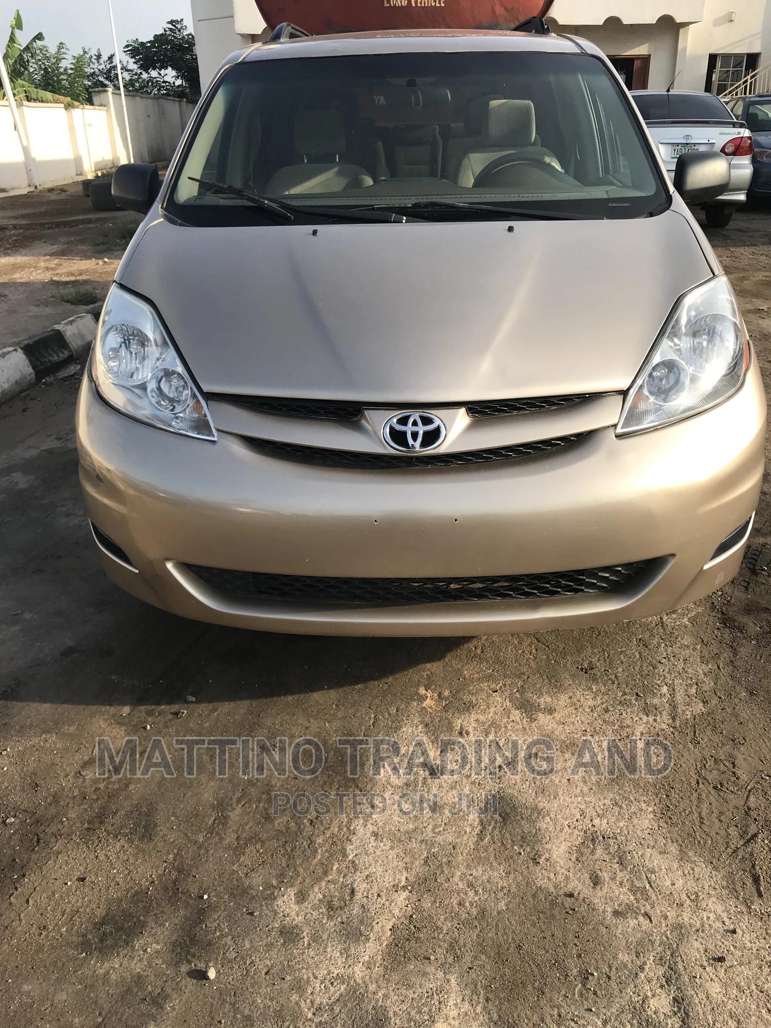 Toyota Sienna 2008 LE Gold | Cars for sale in Ado Ekiti, Ekiti State, Nigeria