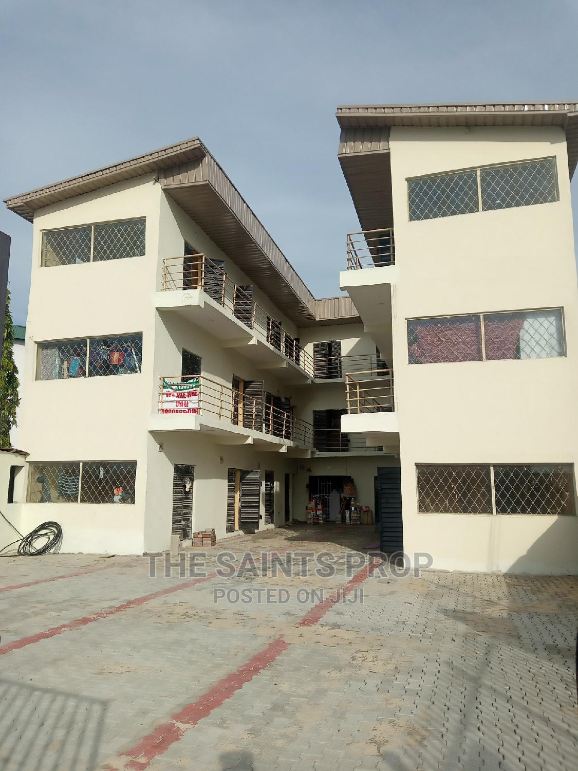A Shop/ Shops At Pomp Sell Good For Pharmacy.   Commercial Property For Rent for sale in Ado / Ajah, Ajah, Nigeria