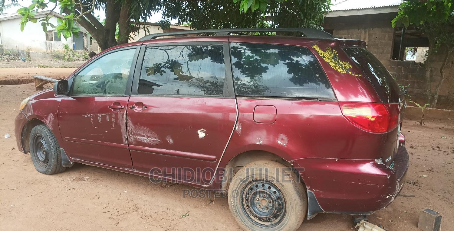 Toyota Sienna 2007 Red | Cars for sale in Alimosho, Lagos State, Nigeria