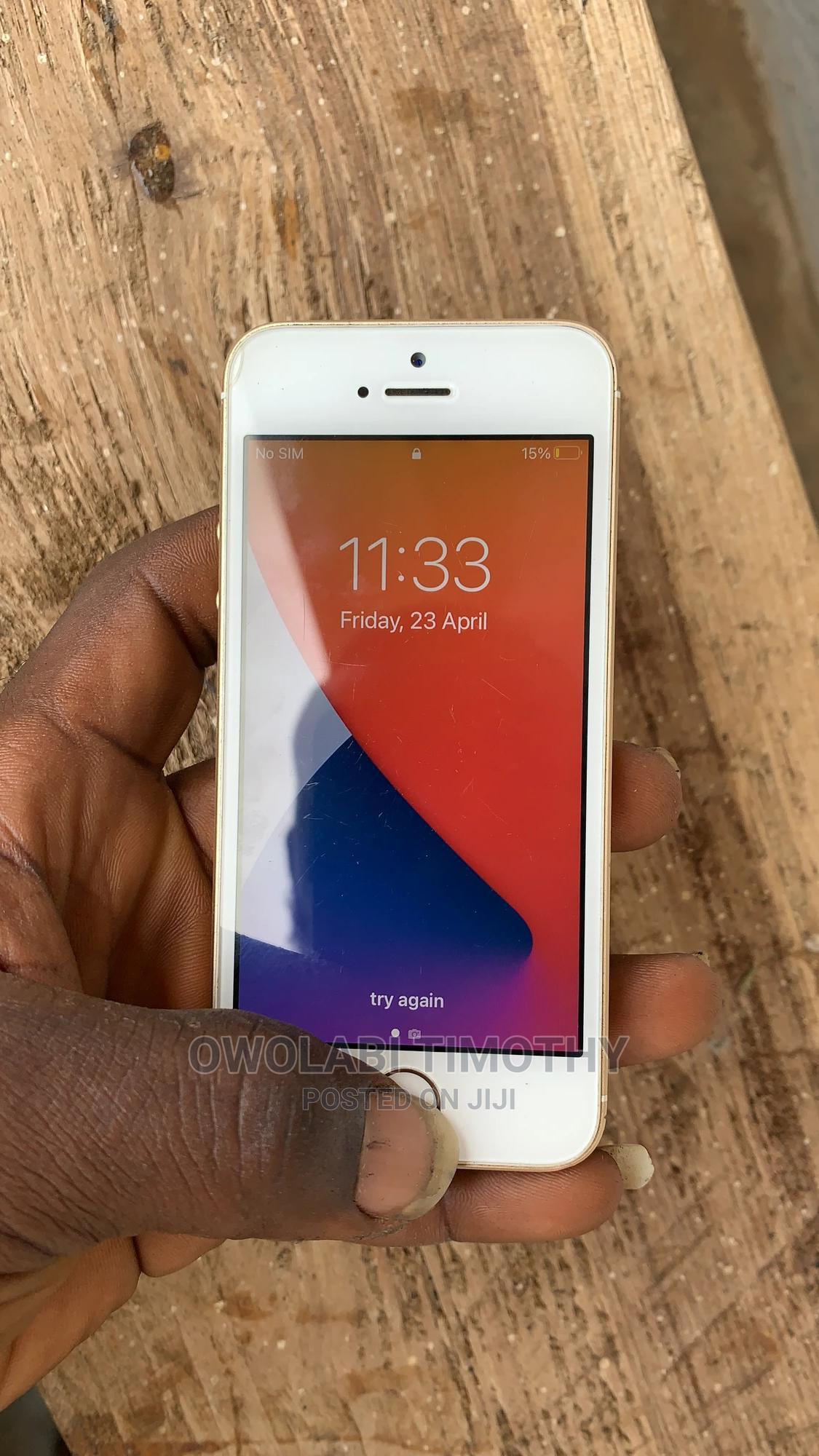 Apple iPhone SE 32 GB Gold   Mobile Phones for sale in Ilorin South, Kwara State, Nigeria