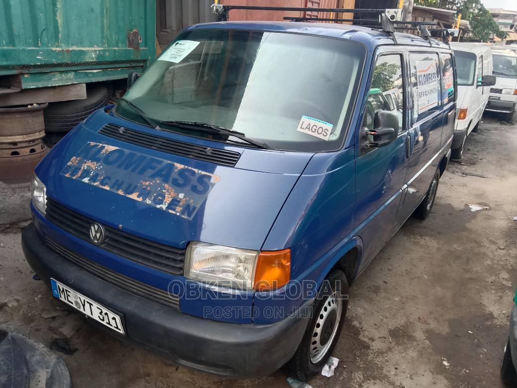 Blue Volkswagen Transporter Short Frame