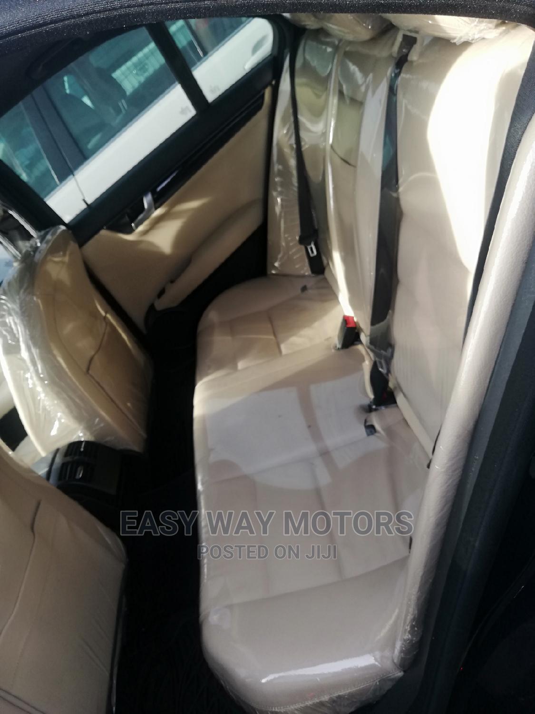Archive: Mercedes-Benz C350 2012 Blue