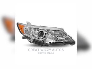Headlight Toyota Camry 2012   Vehicle Parts & Accessories for sale in Lagos State, Mushin