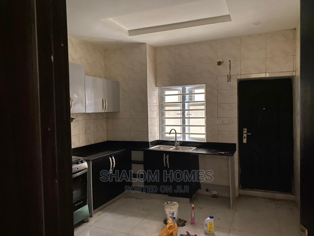 Decent 4 Bedroom Semi Detached Duplex With Good Finishing | Houses & Apartments For Sale for sale in Chevron, Lekki, Nigeria