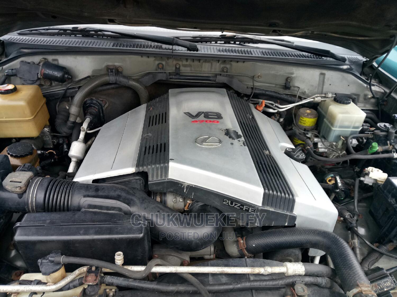 Archive: Lexus LX 2002 Gray