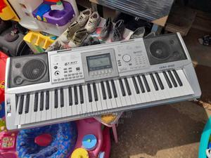 Professional Standard Keyboard   Musical Instruments & Gear for sale in Lagos State, Ipaja