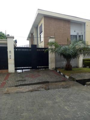 Lovely 4bedroom Terrace Duplex Off Admiralty Lekki Phase 1 | Houses & Apartments For Sale for sale in Lekki, Lekki Phase 1