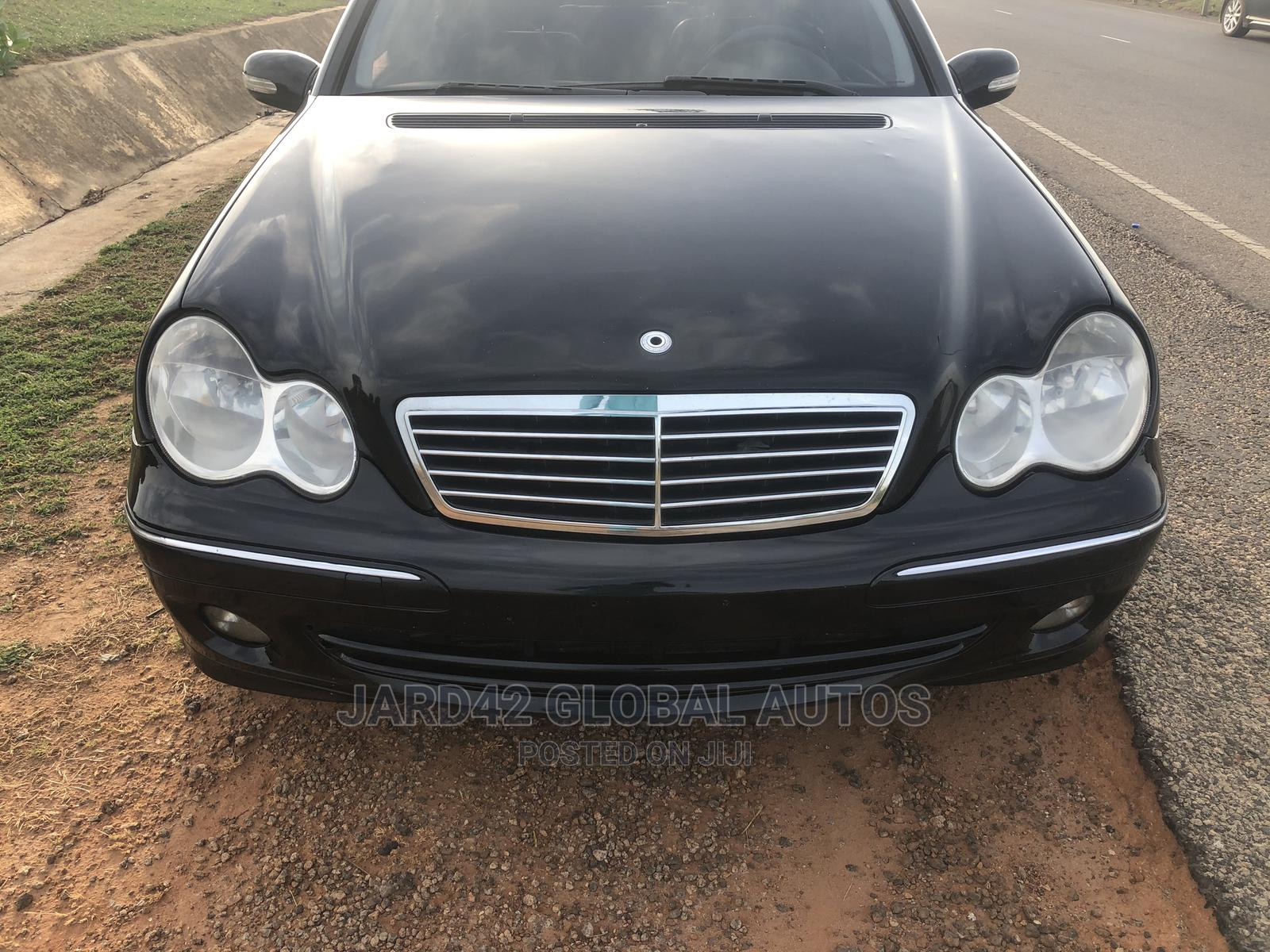 Mercedes-Benz C230 2005 Black | Cars for sale in Kubwa, Abuja (FCT) State, Nigeria