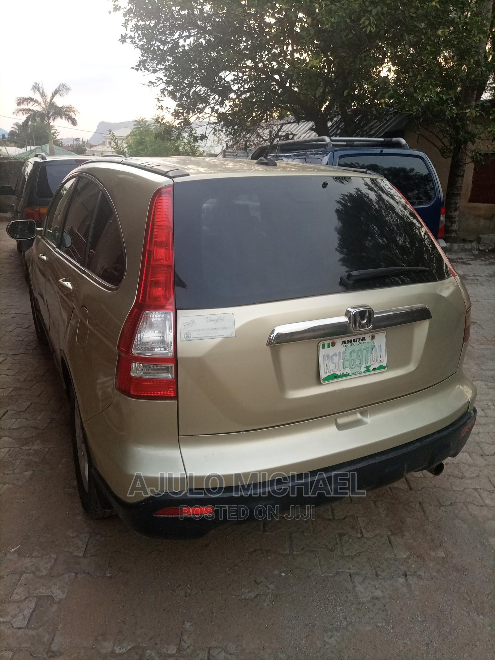 Honda CR-V 2008 Gold | Cars for sale in Kubwa, Abuja (FCT) State, Nigeria
