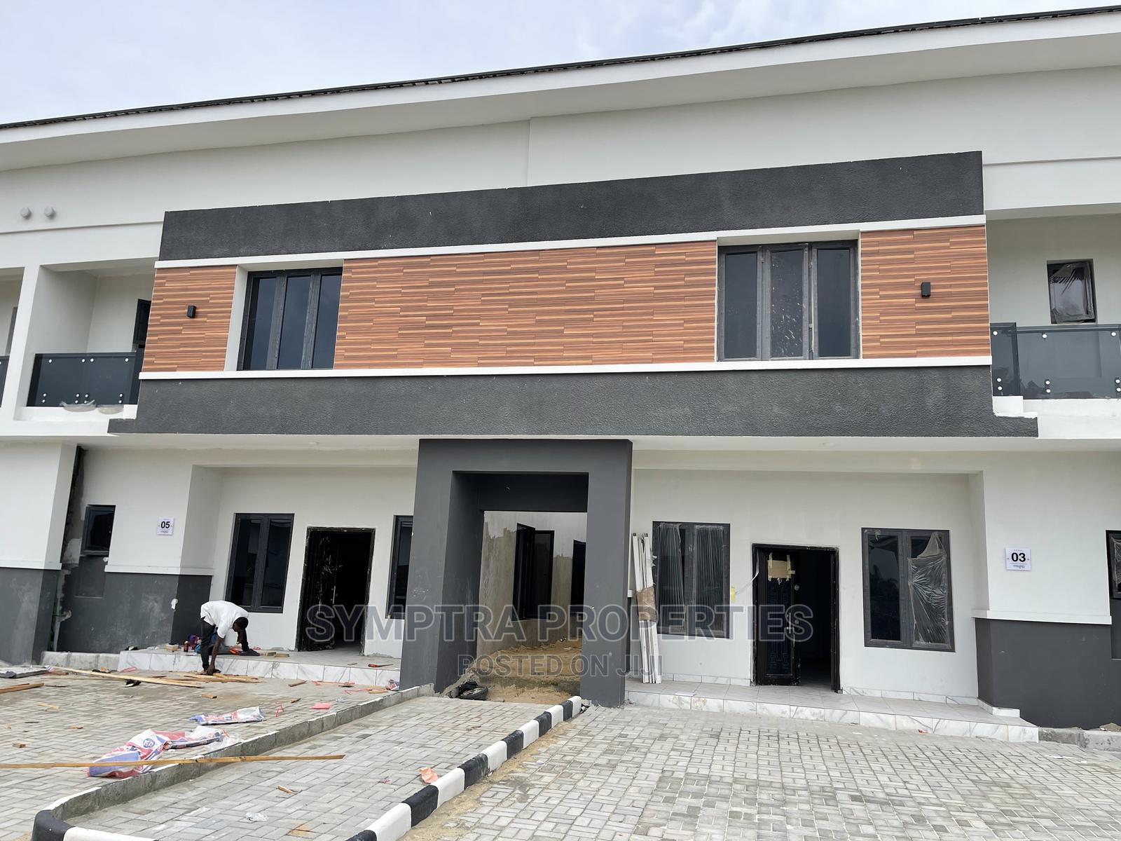 Beautiful 3 Bedroom Terrace Duplex With BQ In Abijo Lekki | Houses & Apartments For Sale for sale in Lekki, Lagos State, Nigeria