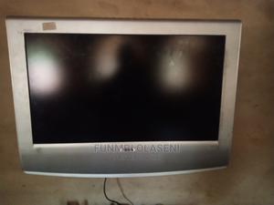 """Sony 28"""" Flat Screen Tv With Wall Bracket   TV & DVD Equipment for sale in Lagos State, Ikorodu"""