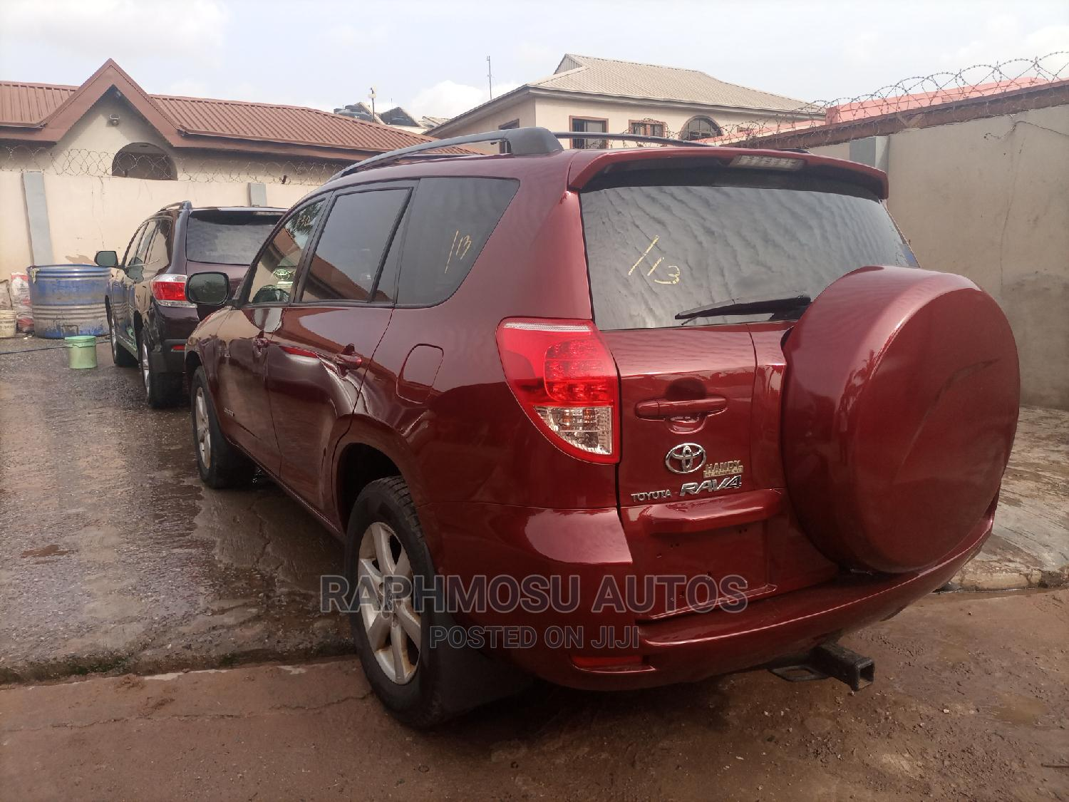 Archive: Toyota RAV4 2007 Limited 4x4 Red
