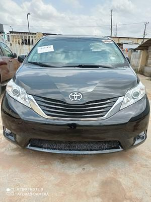 Toyota Sienna 2011 LE 7 Passenger Black   Cars for sale in Lagos State, Alimosho