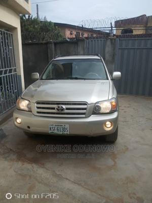 Toyota Highlander 2005 V6 Silver | Cars for sale in Lagos State, Isolo