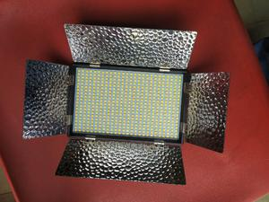 Original on Camera Led Light   Accessories & Supplies for Electronics for sale in Lagos State, Ojo